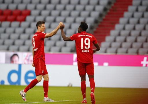 بايرن يقترب من لقب الدوري الألماني وبريمن يحافظ على آماله