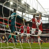 أرسنال يفوز على واتفورد بثلاثية نظيفة في الدوري الإنجليزي الممتاز
