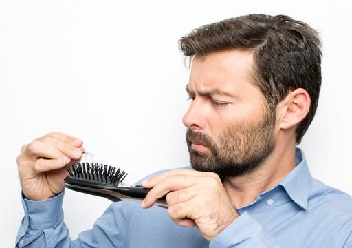 مكمل غذائي قد يعالج تساقط الشعر بتعزيز البصيلات الصحية