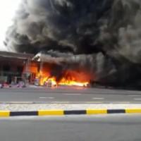 مدني الفجيرة يعلن السيطرة على حريق السوق الرمضاني