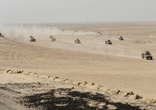 غادرت 20 دبابة.. هل تنسحب أبوظبي من عدن؟