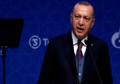 أردوغان يحث حفتر على التخلي عن موقفه العدواني