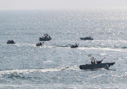 الحرس الثوري: نظمنا 17 ألف زورق في الخليج وبحر عمان للتعبئة البحرية