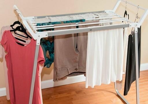 صحيفة إسبانية تكشف عن مخاطر لنشر الثياب داخل المنزل