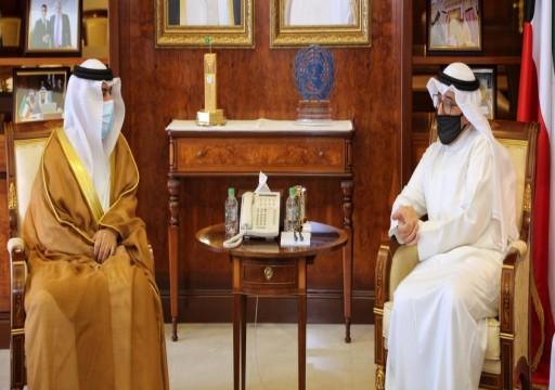 الكويت تنفي ما يثار حول طلبها نقل سفير أبوظبي لديها