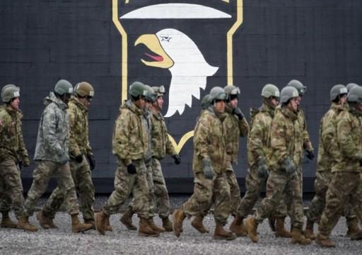 الجيش الأمريكي يفرض قيوداً على تنقل آلاف العسكريين بسبب كورونا