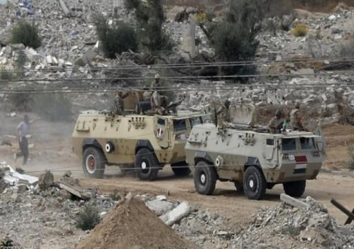 مقتل 10 من أفراد الجيش المصري في هجوم بسيناء