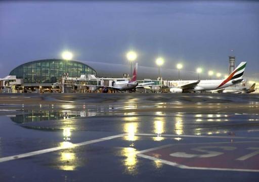 بدء تعليق رحلات الركاب في مطاري دبي وأبوظبي لمدة أسبوعين