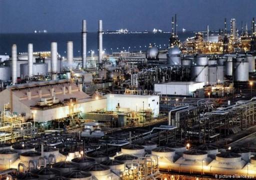 أسعار النفط الأمريكي تقفز 17% غداة قرار المركزي الأوروبي