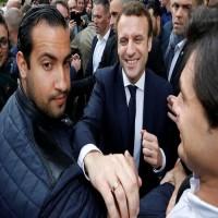 الرئيس الفرنسي يفصل حارساً شخصياً له ظهر في فيديو وهو يضرب محتجين