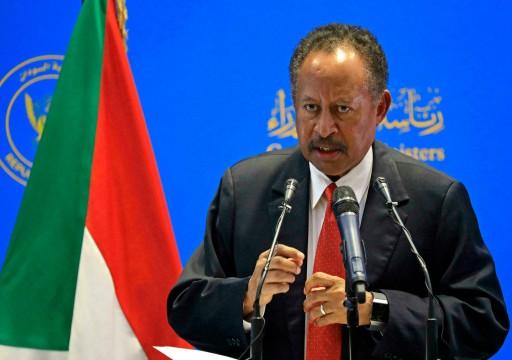 انقلاب السودان.. الجيش يختطف رئيس الوزراء إلى مكان مجهول