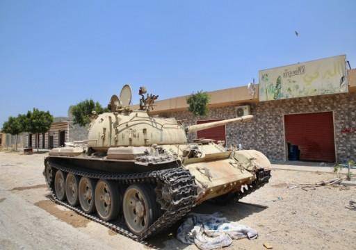 بعد هزائم حفتر.. أبوظبي ترحب بهدنة في ليبيا والبرلمان يرفض تدخلاتها