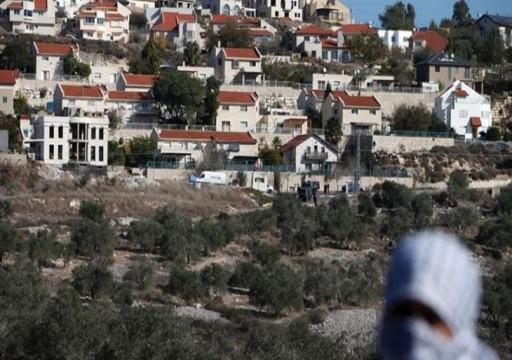 """""""علماء المسلمين"""" يحمّل واشنطن مسؤولية ضم الاحتلال أراضٍ فلسطينية"""