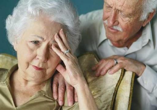 دراسة تظهر سبب إصابة النساء بمرض الخرف أكثر من الرجال