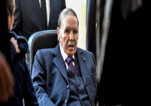 بوتفليقة قد يغادر الحكم مع انتهاء ولايته في أبريل المقبل