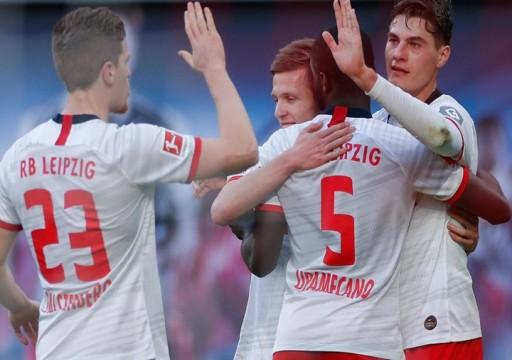 لايبزيغ ينتزع صدارة الدوري الألماني من بايرن ميونيخ