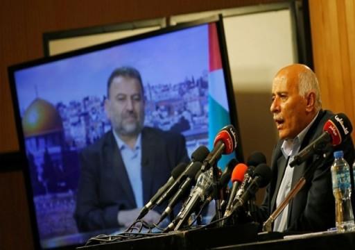 قيادي في حركة فتح يلمح إلى دور الإمارات في إفشال التقارب مع حماس