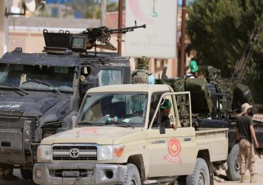 ليبيا.. قوات الوفاق تعلن استسلام 17 من ميليشيات حفتر جنوبي طرابلس