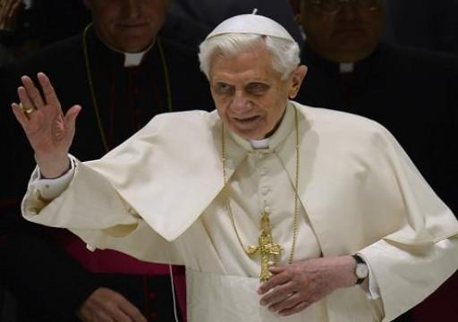 البابا يدعو إلى ضبط النفس في الخليج بعد الهجمات على ناقلات النفط