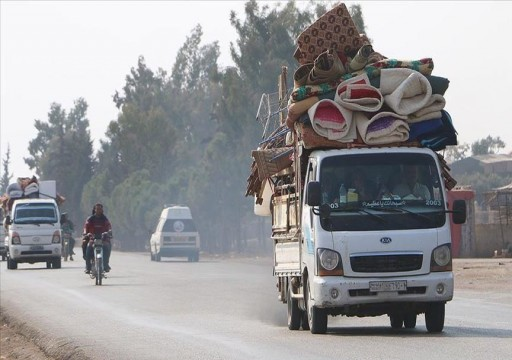عشرات آلاف المدنيين بإدلب ينزحون هرباً من هجوم الأسد