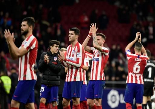 الأندية الإسبانية تبدأ المران في مجموعات يوم الاثنين