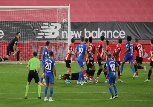 إشبيلية يعود بفوز صعب من أرض بلباو في الدوري الإسباني