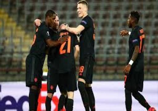 مانشستر يونايتد يلغي مباراة ودية بعد إصابة مدرب ستوك بكورونا