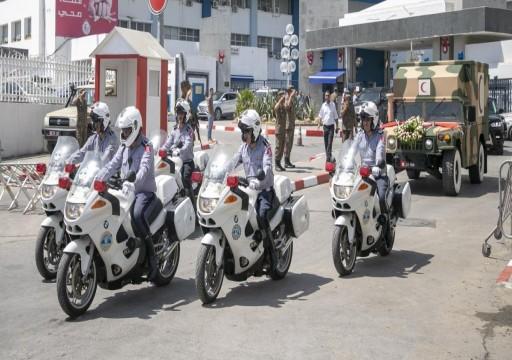 بينهم أمير قطر وماكرون.. حضور واسع في وداع الرئيس التونسي لمثواه الأخير