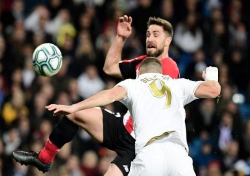 ريال مدريد يجتاز خيتافي بثلاثية ويضع الضغط على برشلونة