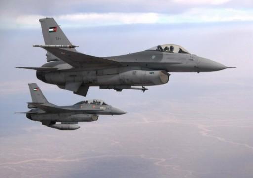 دورية فرنسية: الإمارات تحدث طائراتها العسكرية بنظام اتصالات أمريكي