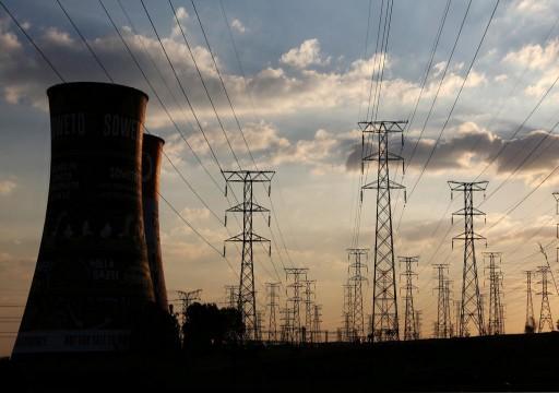 الإمارات توقع عقداً مع اليمن لبناء محطة كهرباء في عدن