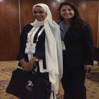 صورة لممثلة  الإمارات وإسرائيل في مؤتمر دولي تثير جدلاً