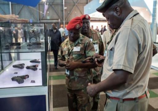 جنوب أفريقيا تمنع بيع أسلحة للإمارات في نزاع على التفتيش