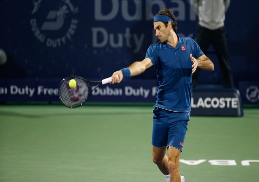 فيدرر يتأهل لربع نهائي بطولة سوق دبي الحرة