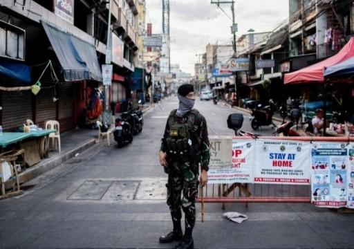 صاندي تايمز: أنظمة القمع تتذرع بمكافحة كورونا لسجن وتعذيب وإسكات المعارضين
