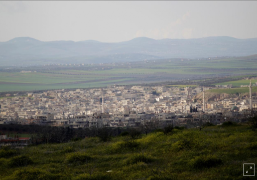 فرار عشرات الآلاف من هجوم تقوده روسيا على معقل المعارضة السورية