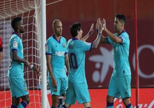 ميسي يقود برشلونة لفوز كاسح على ريال مايوركا
