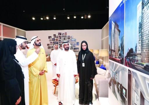 محمد بن راشد يطلع على تصميم المبنى الجديد لمقر جمعية الصحفيين الإماراتية