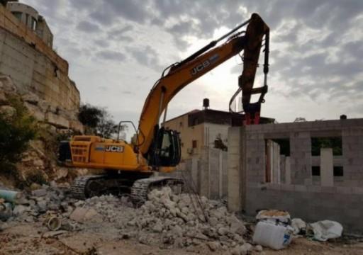 الاحتلال الإسرائيلي يهدم منزلين لمعتقليْن قرب رام الله
