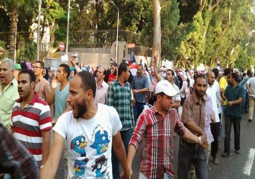 مفكر مصري: نظام السيسي يبتز الإمارات بتقرير سري للغاية