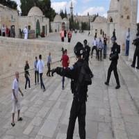 بعد غلق المسجد الأقصى.. عباس يحمل إسرائيل مسؤولية التوتر في القدس