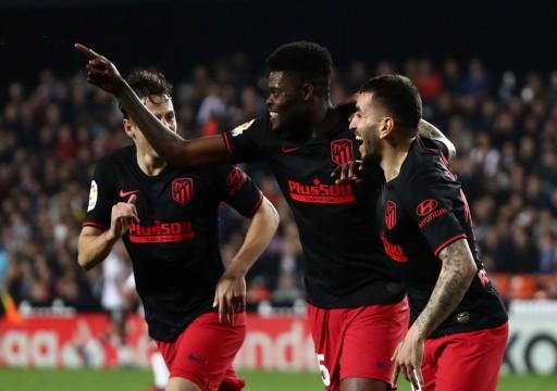 أتليتيكو مدريد يتعادل 2-2 مع بلنسية في الدوري الإسباني