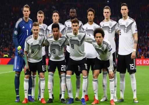"""لاعبو منتخب ألمانيا يتبرعون بـ"""" 2.5"""" مليون يورو لمكافحة"""