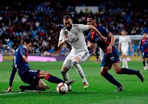 بنزيما ينقذ ريال مدريد من فخ هويسكا بالدوري الإسباني