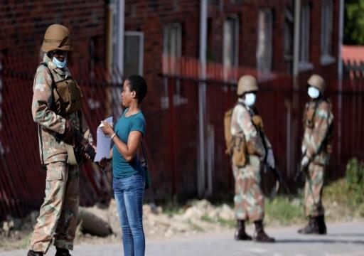 لوموند: موجة الصدمة.. هل يؤدي كورونا إلى زعزعة أنظمة الحكم في أفريقيا؟