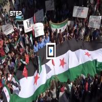 متظاهرون بإدلب: لا دستور ولا إعمار حتى إسقاط بشار