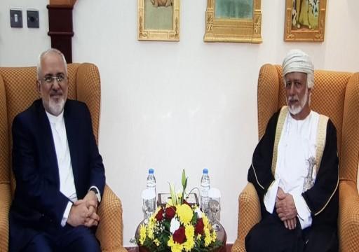 على وقع التوتر مع واشنطن.. وزير الخارجية العُماني يصل طهران