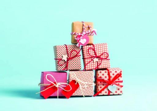 جدل بشأن هدايا المعلمين في نهاية العام