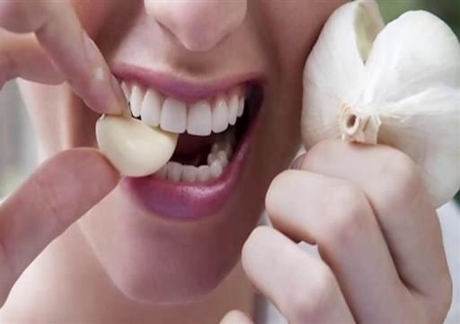 فوائد مذهلة لتناول الثوم على الريق.. تعرف عليها