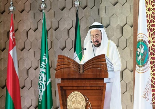 حاكم الشارقة: اللغة حاملة القرآن دستور الأمة الخالد